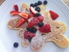 Star-shaped Pancakes for 4th of July (Eve - the day before)